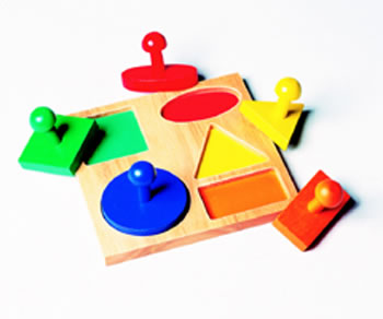GEO PUZZLE BOARD AGE 1 & UP